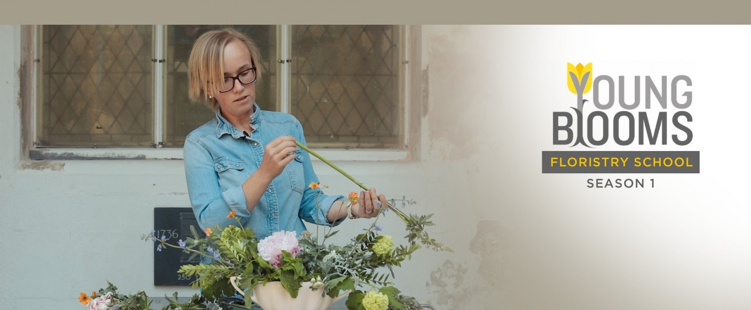 Try our online Floristry School today