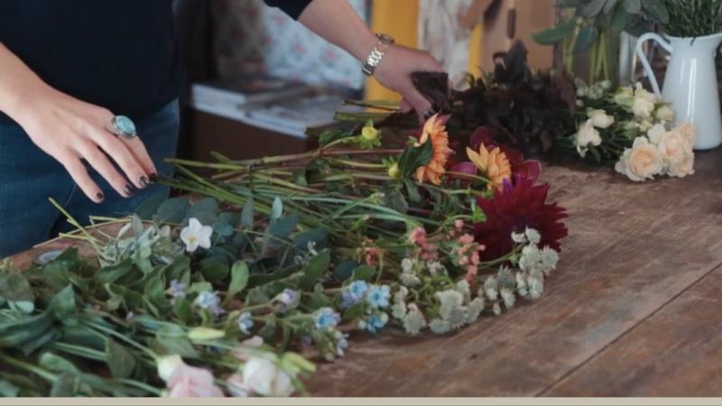 Learning floristry, bath